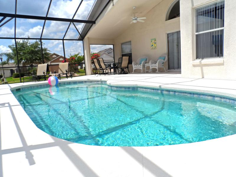 Relaxin' by the pool, Florida style with your private Lanai - Stunning Pool Home Near Disney - Gated Resort - Davenport - rentals