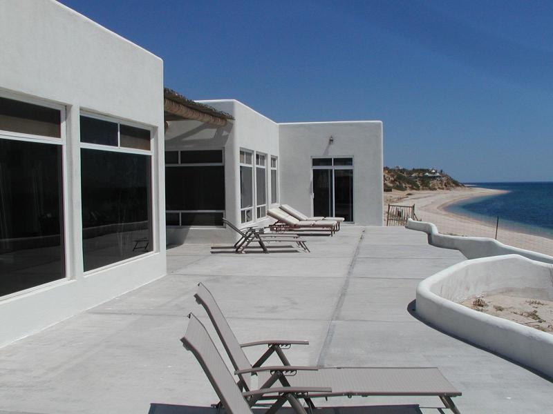 Beachside, casita is on far end - Glass Beachfront 3 or 4 bedroom or 1 ask pool/gym - La Ventana - rentals