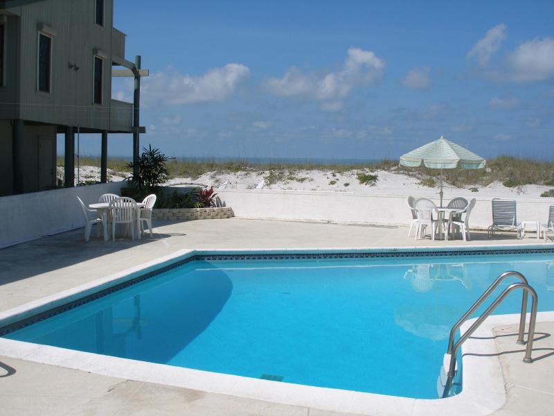 Private Pool - Directly on the Beach - Madeira Beach - rentals