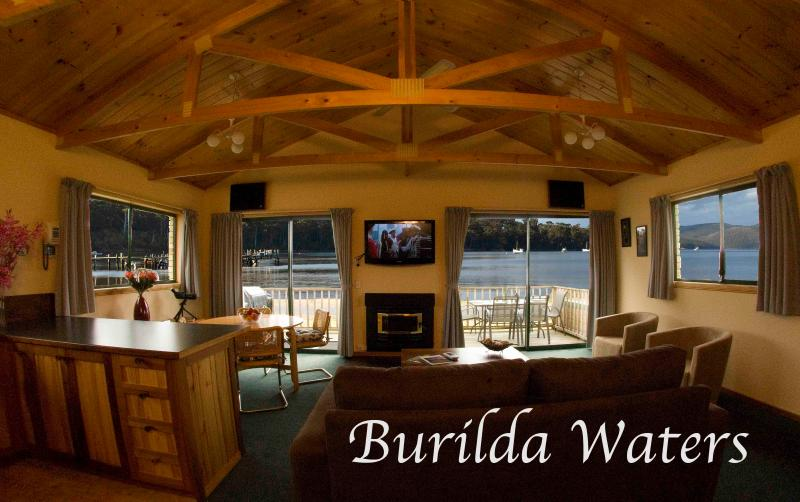 Upstairs Lounge - Burilda Waters - Port Arthur Waterfront Views - Port Arthur - rentals