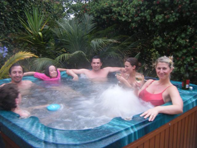 Relax in the spa - Meadow Mountain Lodge - Berry - rentals