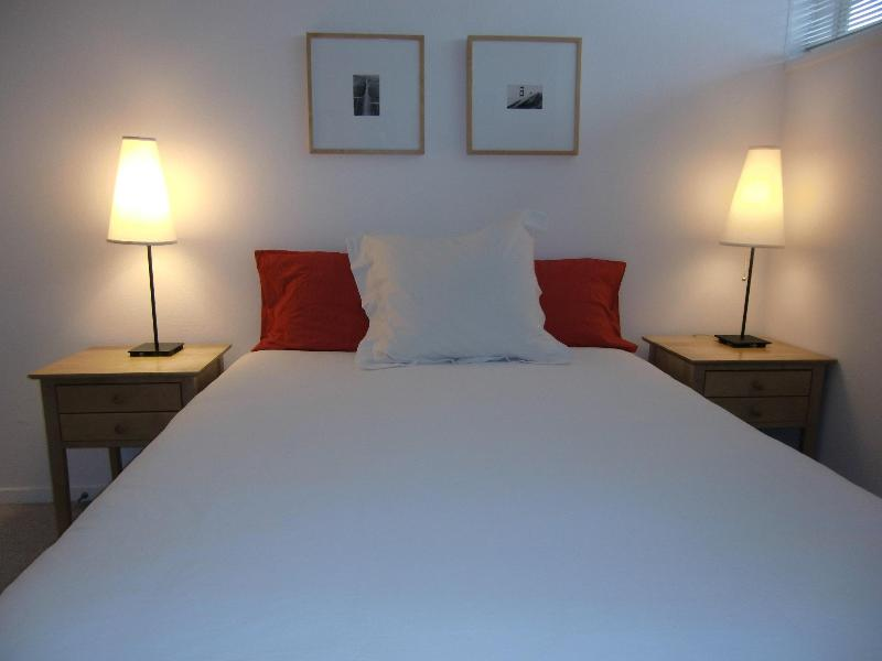 Bedroom #1 - MODERN & CENTRAL - from $135/night for long stays - San Francisco - rentals