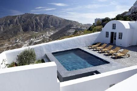 Villa Fabrica - Unique villa, rich with history, with pool & beautiful views - Image 1 - Pyrgos - rentals