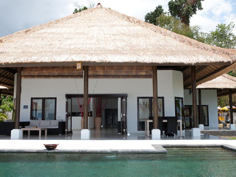 Villa Danison - Luxury beachvilla with pool - Image 1 - Lovina - rentals