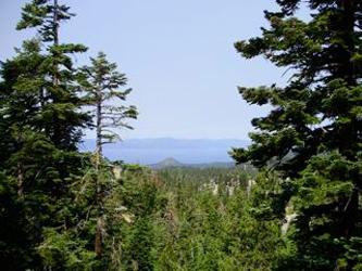 Picturesque 2 Bedroom & 1 Bathroom House in Lake Tahoe (081) - Image 1 - Lake Tahoe - rentals