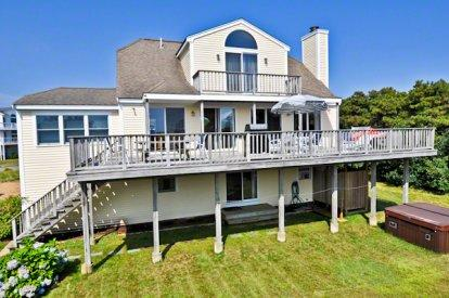 CONTEMPORARY TRI-LEVEL WITH HOT TUB NEAR SOUTH BEACH - KAT BHOW-04 - Image 1 - Edgartown - rentals