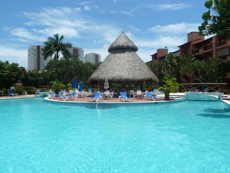 Large inviting pool with lazy river - Marina Vallarta Puesta del Sol Quiet 2 BD/2BA - Puerto Vallarta - rentals