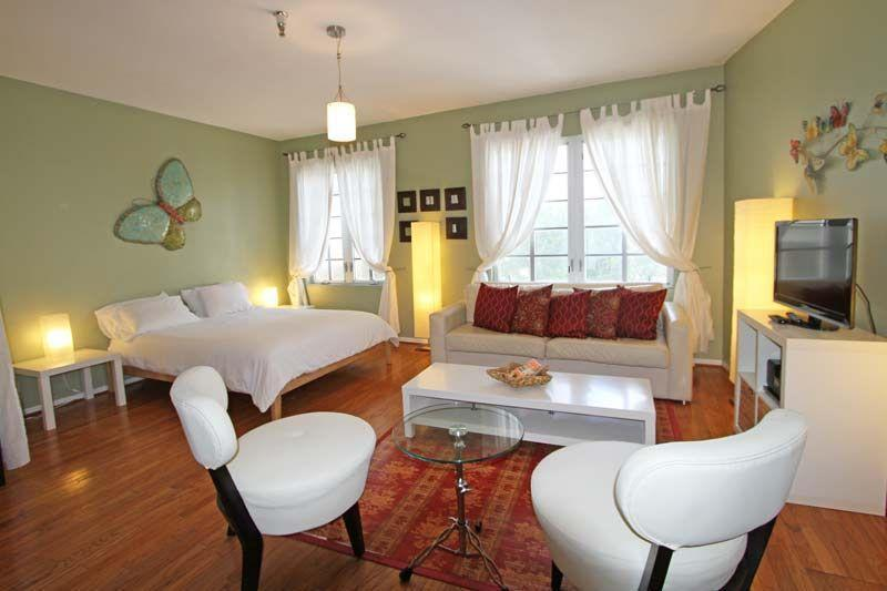 Queen Bed and queen Sofa Bed - 530 OCEAN DRIVE-SPACIOUS STUDIO AT THE BARBIZON - Miami Beach - rentals