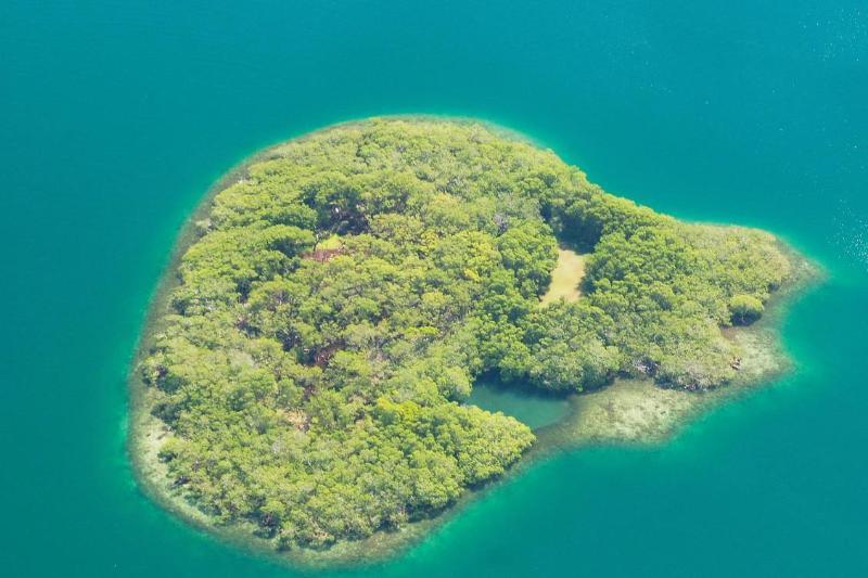 Ariel View - Hideaway Caye: Natures Hideaway in Belize - Placencia - rentals
