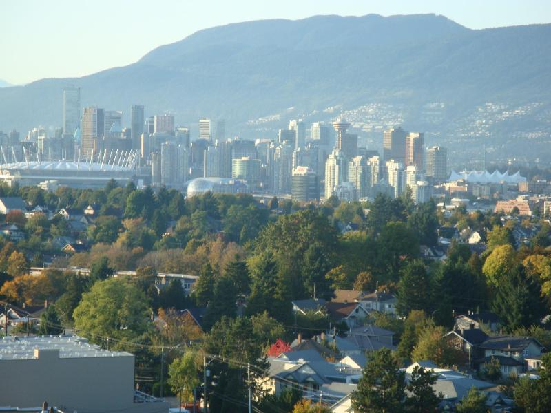 Living Room Views - Beautiful Panoramic Views Condo - Vancouver - rentals