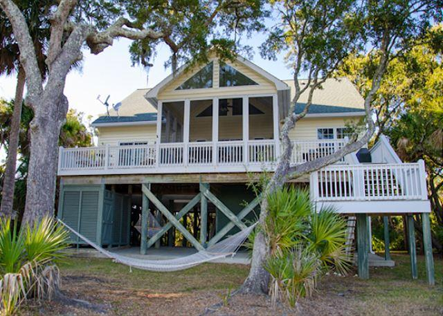 """Edisto Bliss"" - Ocean Views and a Private Dock - Image 1 - Edisto Island - rentals"
