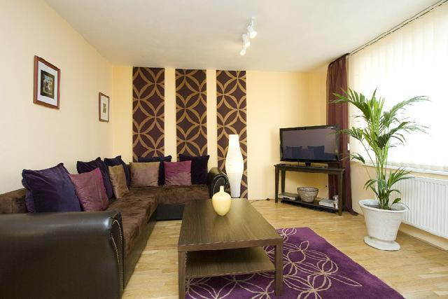 Great central apartment right on Wenceslas Square - Image 1 - Prague - rentals