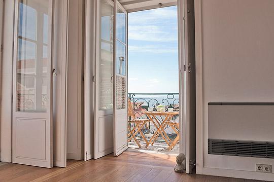 River Views from living room - Chiado Apartments - Nova Almada 5D (with Balcony) - Lisbon - rentals