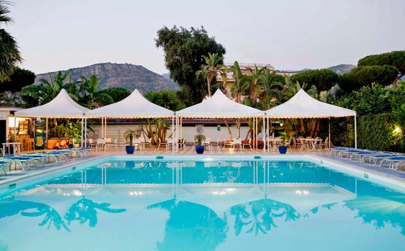 Villa Corallo - Shared pool & bar - VILLA CORALLO - 3 Bedrooms - S. Agnello - Sorrento - Sant'Agnello - rentals
