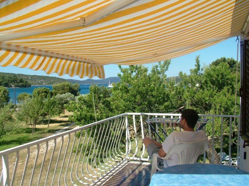 view from the main balcony - Beachfront apartment-great balcony views - Slano - rentals