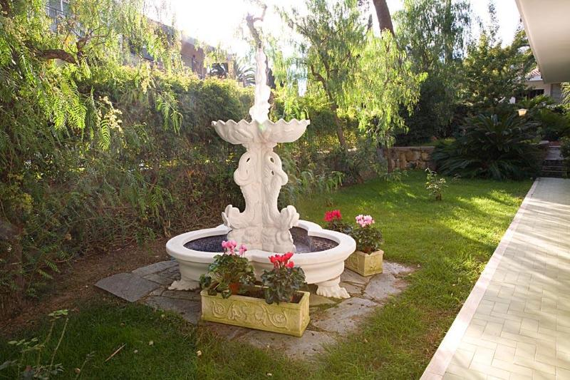 private garden south - Villa apartment in the residential area Sanremo - San Remo - rentals