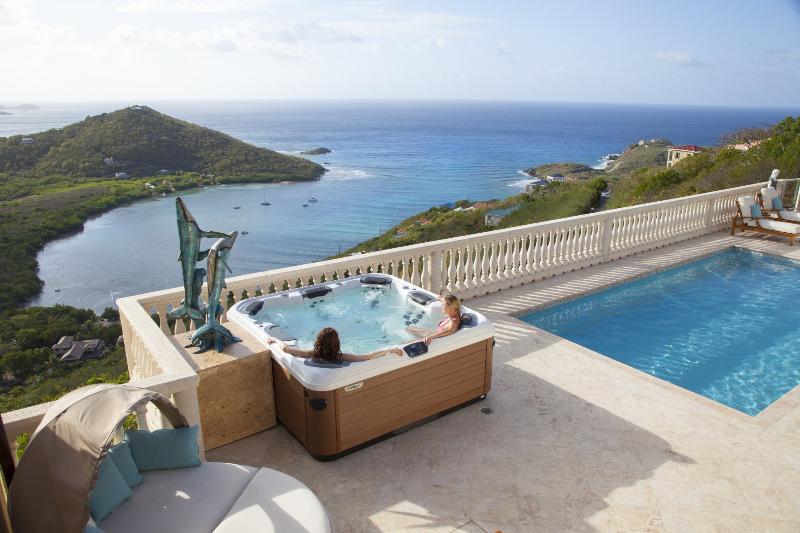 Luxury Bullfrog hot tub spa - Eco Serendib Villa & Spa - Pay for 6, Stay for 7! - Cruz Bay - rentals