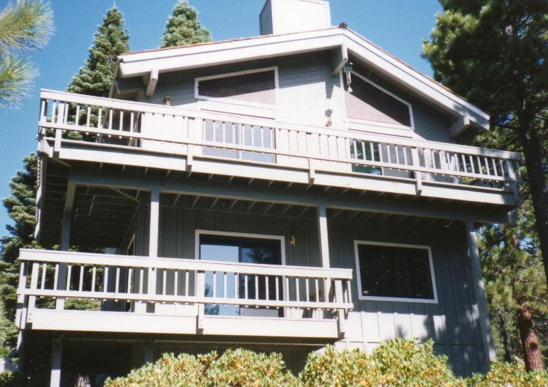 Lake Tahoe Mountain Home with lake views! 3rd floor master suite and its private deck not pictured. - Lake Tahoe Views! Pool table, Hot tub, WIFI, HDTVs - Incline Village - rentals