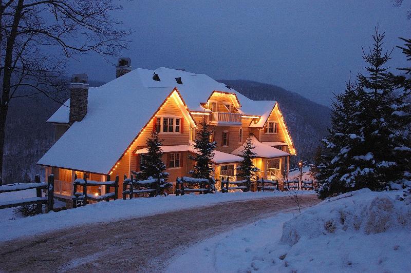 Mont Tremblant Mountain-Home Condo Accomodates up to 8 people. - Mont Tremblant Mountain-Home Condo, Accom. up to 8 - Mont Tremblant - rentals