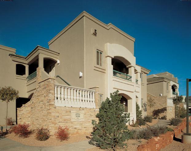 $279 Luxury Sedona Resort (sleeps 4) Save 50% - Image 1 - Sedona - rentals