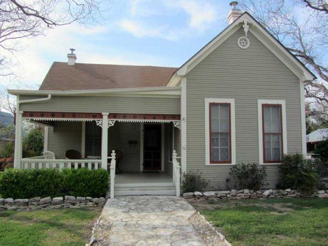 Antique Rose - Image 1 - Fredericksburg - rentals