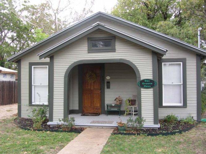 Das Gruene Haus - Image 1 - Fredericksburg - rentals