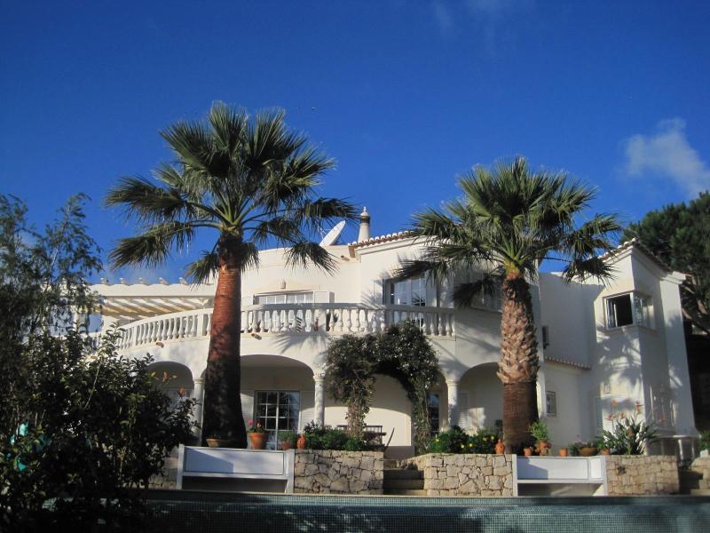 Casa Palmeira - 4 bedroom luxury villa with hot tub & heated pool - Budens - rentals