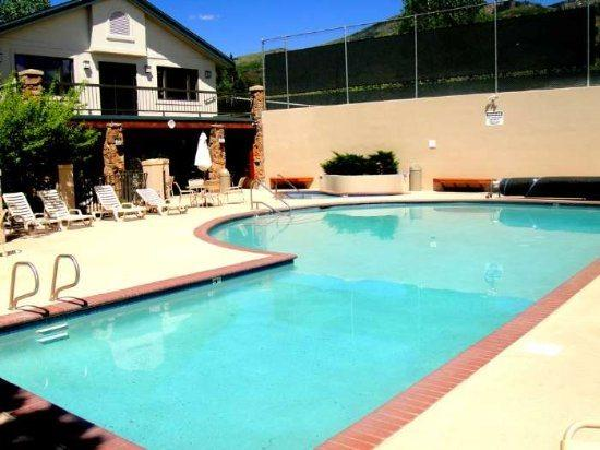 Amenity Building With Pool, Hot Tub , Sauna, Fitness and Tennis Courts - Storm Meadows C219 - Steamboat Springs - rentals