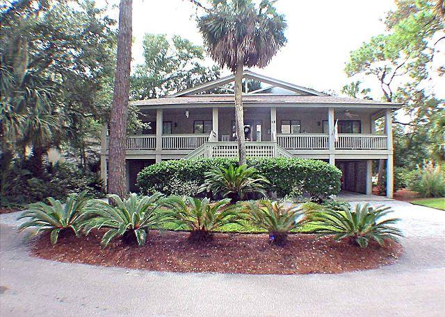 Egret Lane 18 Welcoming Porch - Egret Lane 18 - North Forest Beach Home - Hilton Head - rentals