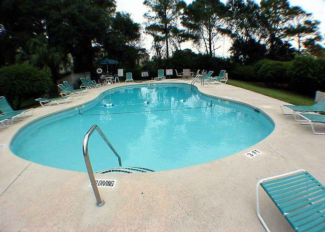 Beachwood's Oceanfront Pool - Beachwood 1E - Oceanside One Level Condo - Hilton Head - rentals