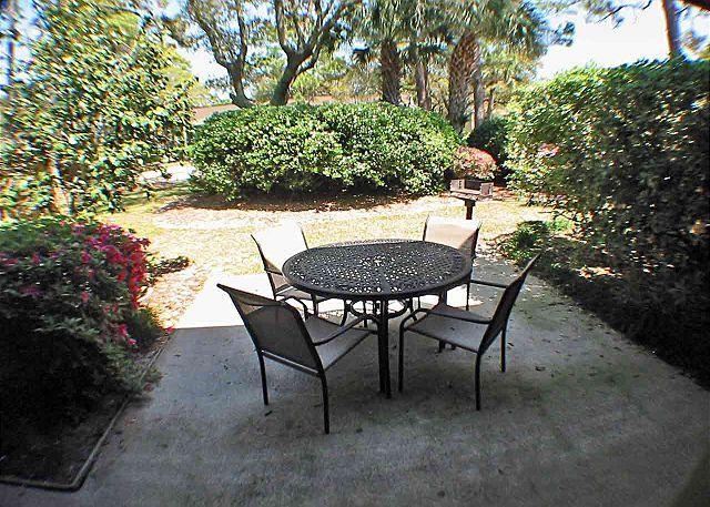 Beach Villas 9 Patio - Beach Villa 9 - Oceanside-Gated Community-Take $100 Off All Summer Weeks - Hilton Head - rentals
