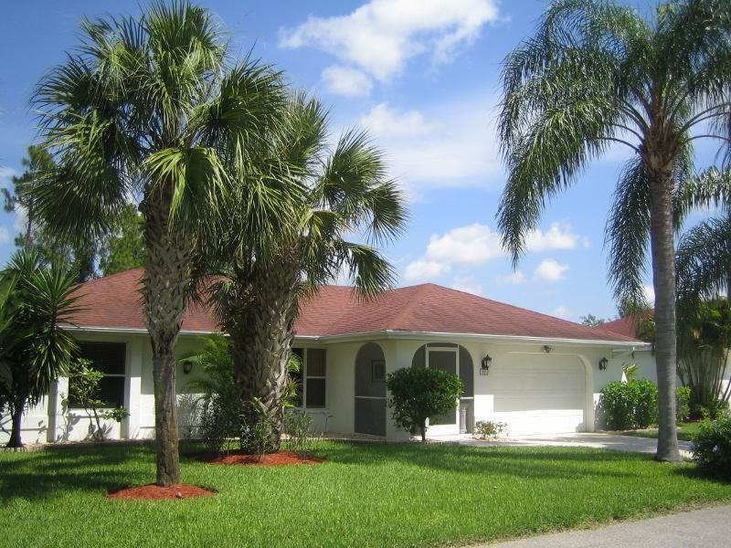 front view - charming and cozy villa close to a wildlife refuge - Lehigh Acres - rentals