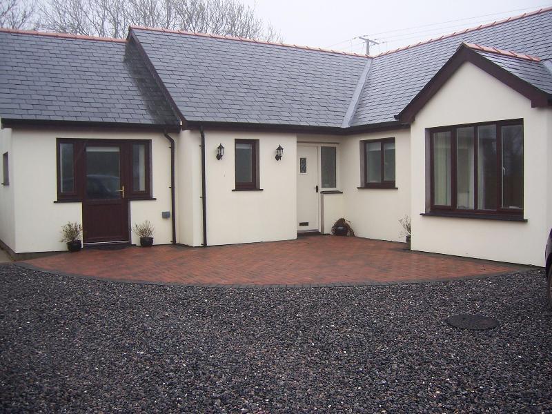 View of property - The Blickerage Bed & Breakfast - Pembroke - rentals