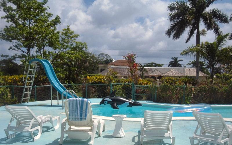 Sencillo Vila Pool - Sencillo - beautiful beachfront community location - Ocho Rios - rentals
