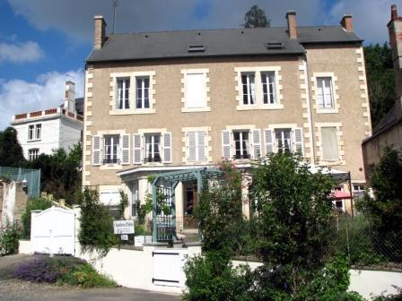 La Brasserie was built at the end of the 19th Centuary and many features remain. - A Spacious,  Light  Apartment Montmorillon 2km - Montmorillon - rentals