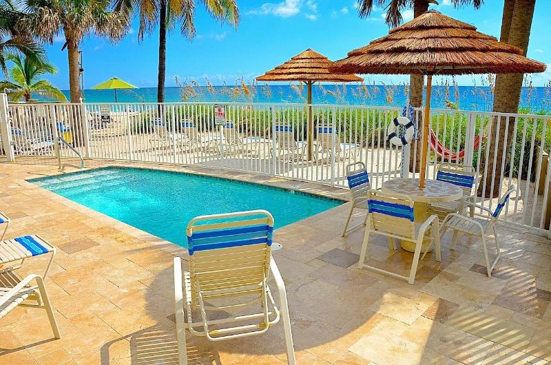 Spectacular Direct Oceanfront Vacation Resort Offering Oceanfront Heated Pool & Endless Views! - Villa Seaward Direct Oceanfront 5 Star NEW Villa w/ Htd. Pool! - Lauderdale by the Sea - rentals