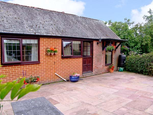 THE COTTAGE, romantic, country holiday cottage, with a garden in Beaulieu, Ref 9270 - Image 1 - Beaulieu - rentals