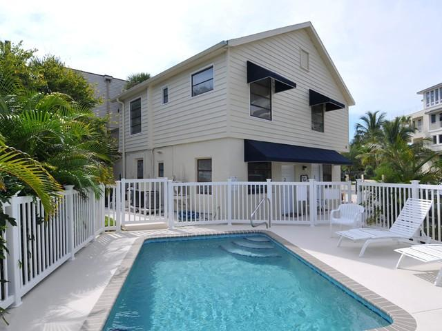 Relax by the swimming pool (pool is small, ~15' x 10', depth range ~4'-6'). - Steps to #1 Beach and Siesta Key Village - Siesta Key - rentals