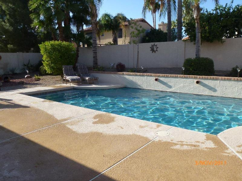 Heated PebbleTec Pool in Large Garden with Fruit Trees - Luxury 3 Bed 2 Bath Villa with Own Heated Pool. - Scottsdale - rentals
