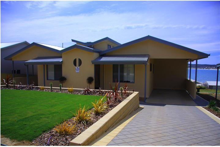 Birubi Apartments - BIRUBI HOLIDAY HOMES, award winning accommodation. - Emu Bay - rentals