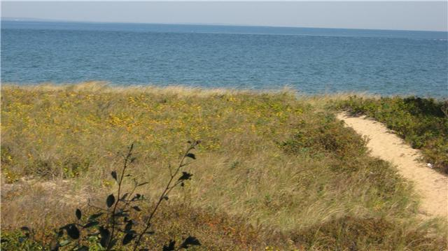 Private Deeded Path walk out your door - Private Beach Front With Mooring, Renovated! - Gay Head - rentals