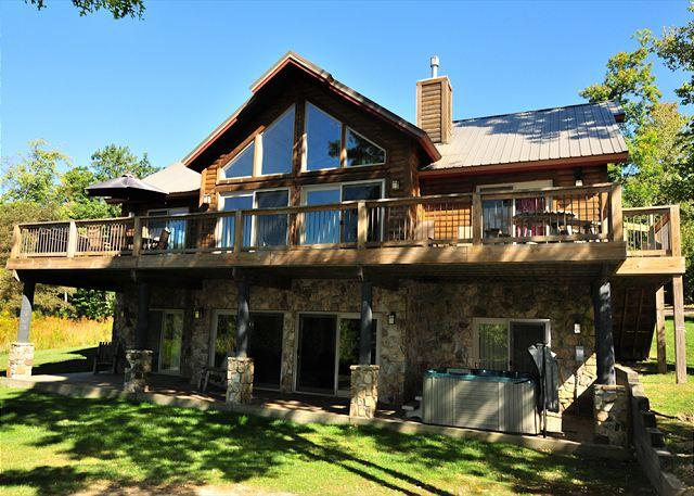 Exterior - Glass Mountain Lodge - McHenry - rentals