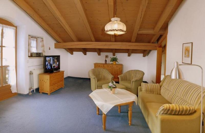 Vacation Apartment in Ruhpolding - 670 sqft, quiet location, separate bedrooms, sauna (# 79) #79 - Vacation Apartment in Ruhpolding - 670 sqft, quiet location, separate bedrooms, sauna (# 79) - Ruhpolding - rentals