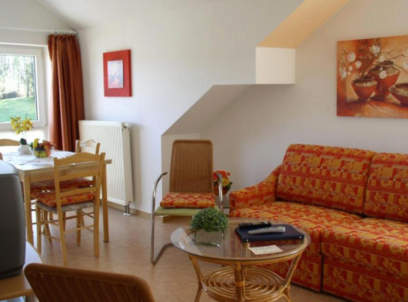 LLAG Luxury Vacation Apartment in Schwedelbach - 603 sqft, great surroundings, ample parking space,… #1337 - LLAG Luxury Vacation Apartment in Schwedelbach - 603 sqft, great surroundings, ample parking space,… - Schwedelbach - rentals