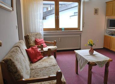 Vacation Apartment in Garmisch-Partenkirchen - 258 sqft, comfortable, near hiking trails, balcony or… #1924 - Vacation Apartment in Garmisch-Partenkirchen - 258 sqft, comfortable, near hiking trails, balcony or… - Garmisch-Partenkirchen - rentals