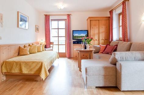 LLAG Luxury Vacation Apartment in Füssen - 517 sqft, quiet, completely equipped (# 2094) #2094 - LLAG Luxury Vacation Apartment in Füssen - 517 sqft, quiet, completely equipped (# 2094) - Füssen - rentals