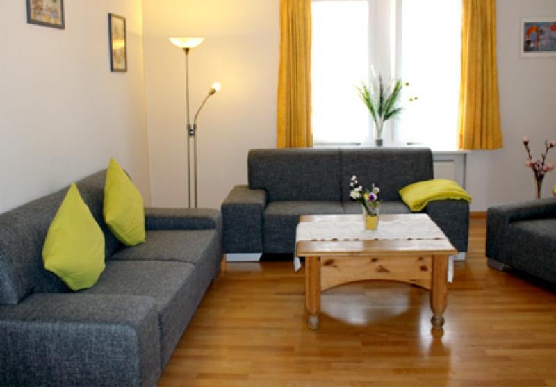 LLAG Luxury Vacation Apartment in Konstanz - 1345 sqft, beautiful, modern, quiet, central (# 1404) #1404 - LLAG Luxury Vacation Apartment in Konstanz - 1345 sqft, beautiful, modern, quiet, central (# 1404) - Konstanz - rentals