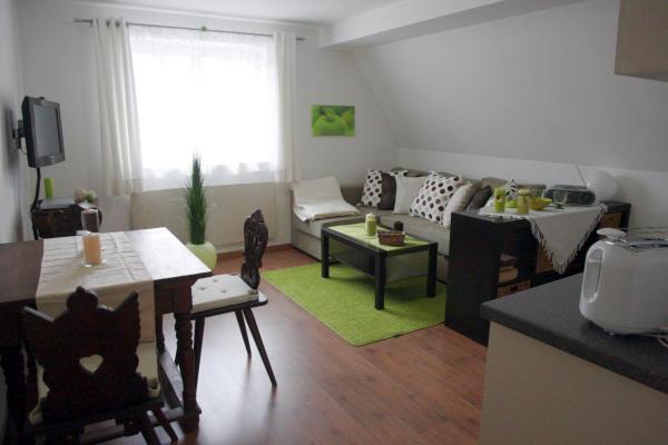 Vacation Apartment in Bad Windsheim - 409 sqft, SAT-TV, sauna usage, historic building (# 1068) #1068 - Vacation Apartment in Bad Windsheim - 409 sqft, SAT-TV, sauna usage, historic building (# 1068) - Bad Windsheim - rentals