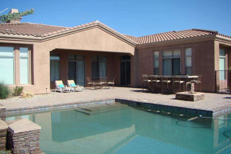 Backyard patio - 5 Bedroom Desert Retreat with Personal Concierge - Scottsdale - rentals