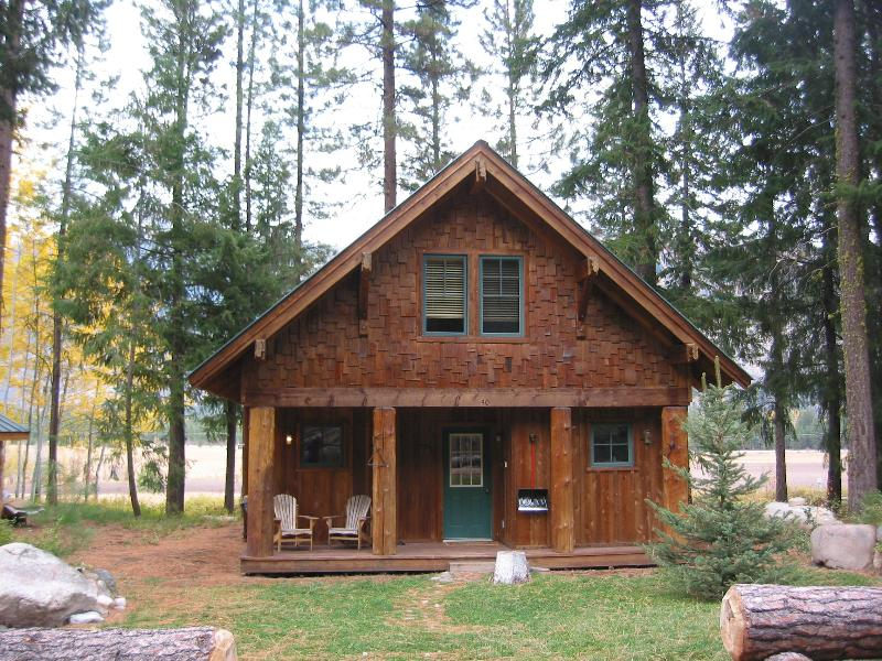 Front View - Timberline Meadows View Home, East Cascades access - Mazama - rentals